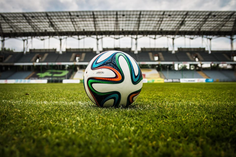 the-ball-stadion-football-the-pitch-47730-960x640.jpeg